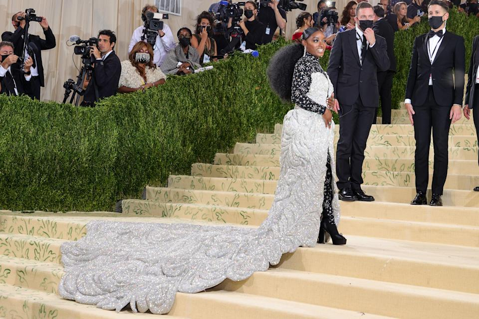 """<h1 class=""""title"""">The 2021 Met Gala Celebrating In America: A Lexicon Of Fashion - Arrivals</h1><cite class=""""credit"""">Theo Wargo/Getty</cite>"""