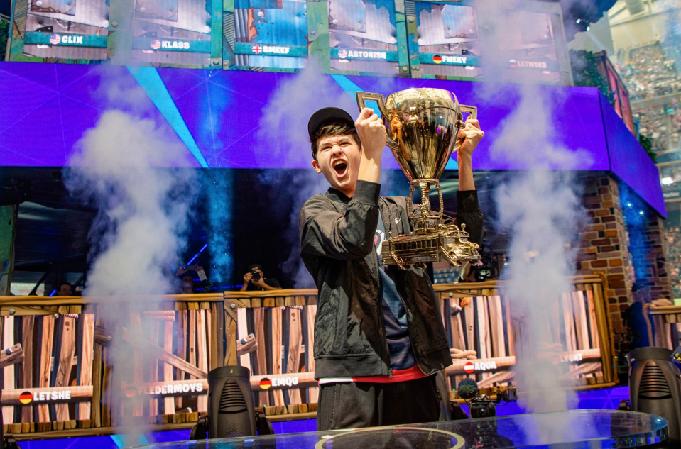 Kyle Giersdorf wins the solo cup at the Fortnite World Cup. Image via Epic Games.
