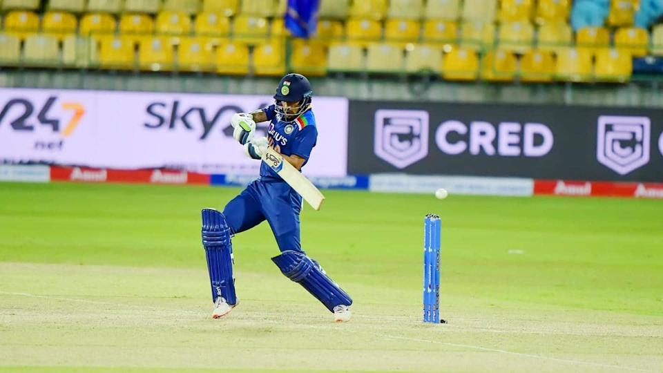 1st ODI: Shikhar Dhawan guides India to victory against SL