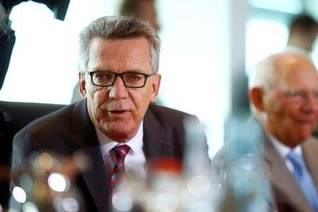 German Interior Minister Thomas de Maiziere attends the cabinet meeting at the Chancellery in Berlin, Germany, August 17, 2016. REUTERS/Axel Schmidt