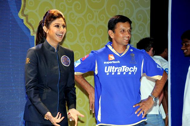 Shilpa Shetty and Rahul Dravid at the Rajasthan Royals Provogue Fanwear Launch at Hotel Marriott in Jaipur on Monday
