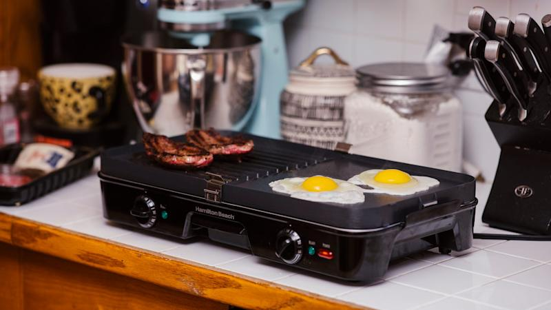 Best gifts for dad 2019: Hamilton Beach 3-in-1 Electric Griddle