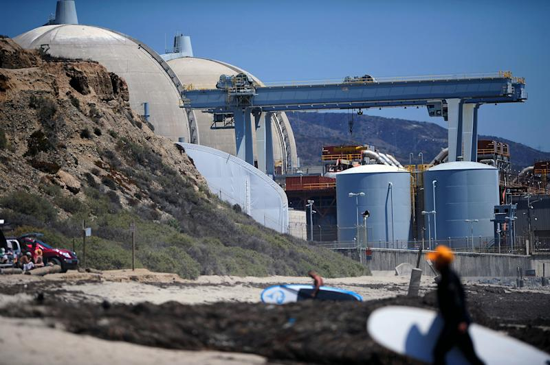 Sen. Lashes out at management at ailing nuke plant