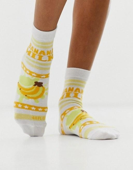 "We've never heard of banana milk, but we're down to try it. $5, ASOS. <a href=""https://us.asos.com/asos-design/asos-design-banana-milk-ankle-socks/prd/12502886?clr=multi&colourWayId=16431026&SearchQuery=&cid=7657"">Get it now!</a>"