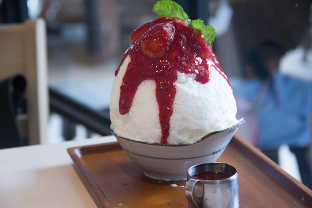 Bangkok Cafes after you strawberry cheese cake japanese shaved ice