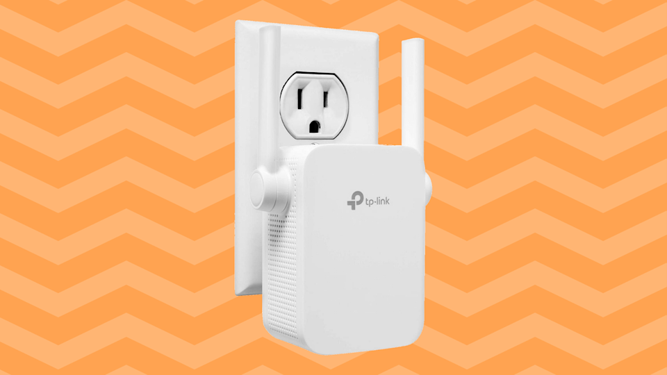 Save 40 percent on the TP-Link N300 Wi-Fi Extender. (Photo: Amazon)