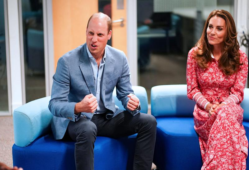 Britain's Prince William, Duke of Cambridge (L) and Britain's Catherine, Duchess of Cambridge (R) speak to employers at the London Bridge Jobcentre, in London on September 15, 2020. - The Duke and Duchess of Cambridge carried out engagements in London today to meet local communities, hear about the challenges they have faced over the last six months, and shine a light on individuals and businesses who have gone above and beyond to help others during this extraordinary time. (Photo by HENRY NICHOLLS / POOL / AFP) (Photo by HENRY NICHOLLS/POOL/AFP via Getty Images)