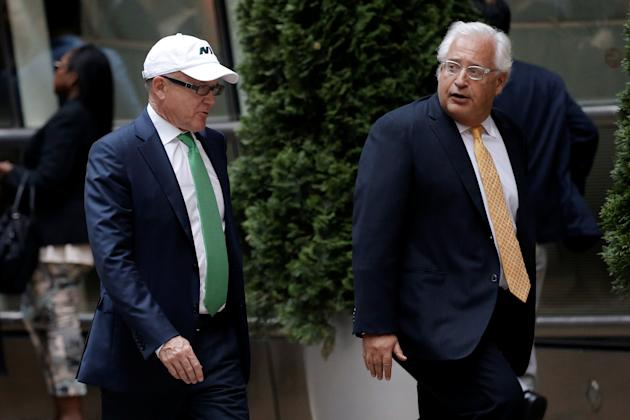 """New York Jets owner Robert Wood """"Woody"""" Johnson (L) arrives at the Le Cirque restaurant with others for a fundraising event for Republican presidential candidate Donald Trump in Manhattan, New York City, U.S., June 21, 2016. REUTERS/Mike Segar"""