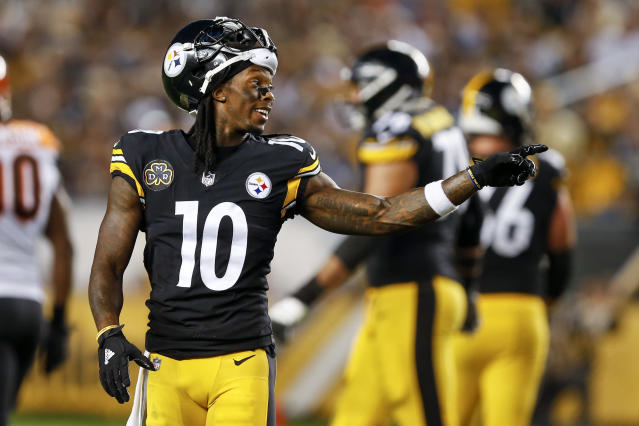 Pittsburgh receiver Martavis Bryant is unhappy, and isn't doing much to hide it. (AP)