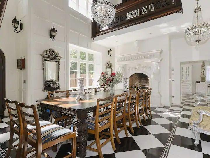 """<p><a class=""""link rapid-noclick-resp"""" href=""""https://airbnb.pvxt.net/3PenMn"""" rel=""""nofollow noopener"""" target=""""_blank"""" data-ylk=""""slk:SEE INSIDE"""">SEE INSIDE</a></p><p>This luxurious Victorian manor houses is nestled in the Chilterns for a wonderfully rural hen party house that will impress the whole group. It's easy to reach from London and there are country pubs and restaurants just a walk away. Inside, it's as grand as you'd expect, with a marble fireplace, drawing room with TV, breakfast island and other features fit for royalty.</p><p><strong>Sleeps:</strong> 20</p><p><strong>Price:</strong> £750 per night (£37.50 per person)</p>"""