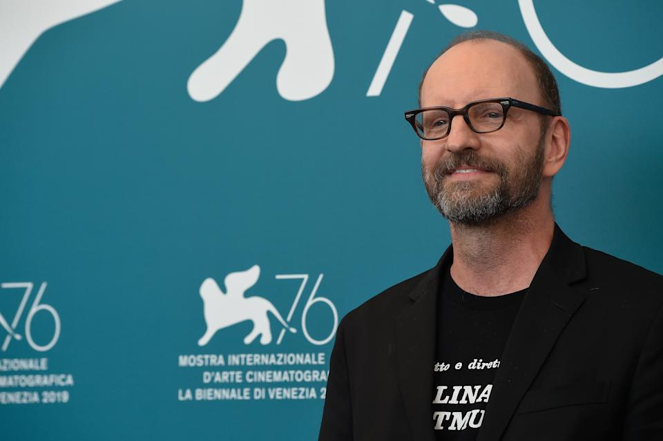 Steven Soderbergh at the 76 Venice International Film Festival 2019. The director wears a t-shirt in honor of Lina Wertmuller. The Laundromat Photocall. Venice (Italy), September 1st, 2019 (photo by Marilla Sicilia/Archivio Marilla Sicilia/Mondadori Portfolio via Getty Images)