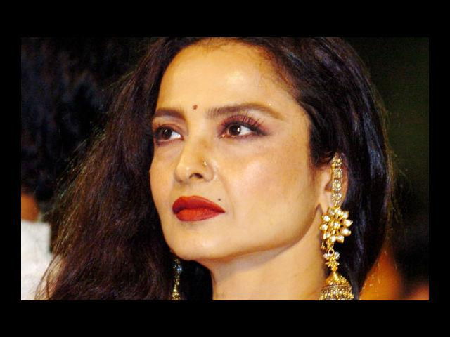 "<b>10. Rekha</b><br> ""Hair plays an important role in making a woman look beautiful."""