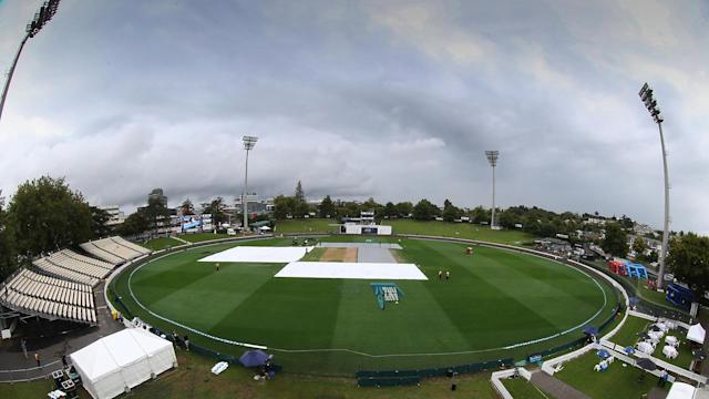 After an even start to the third Test between New Zealand and South Africa, rain intervened in Hamilton.
