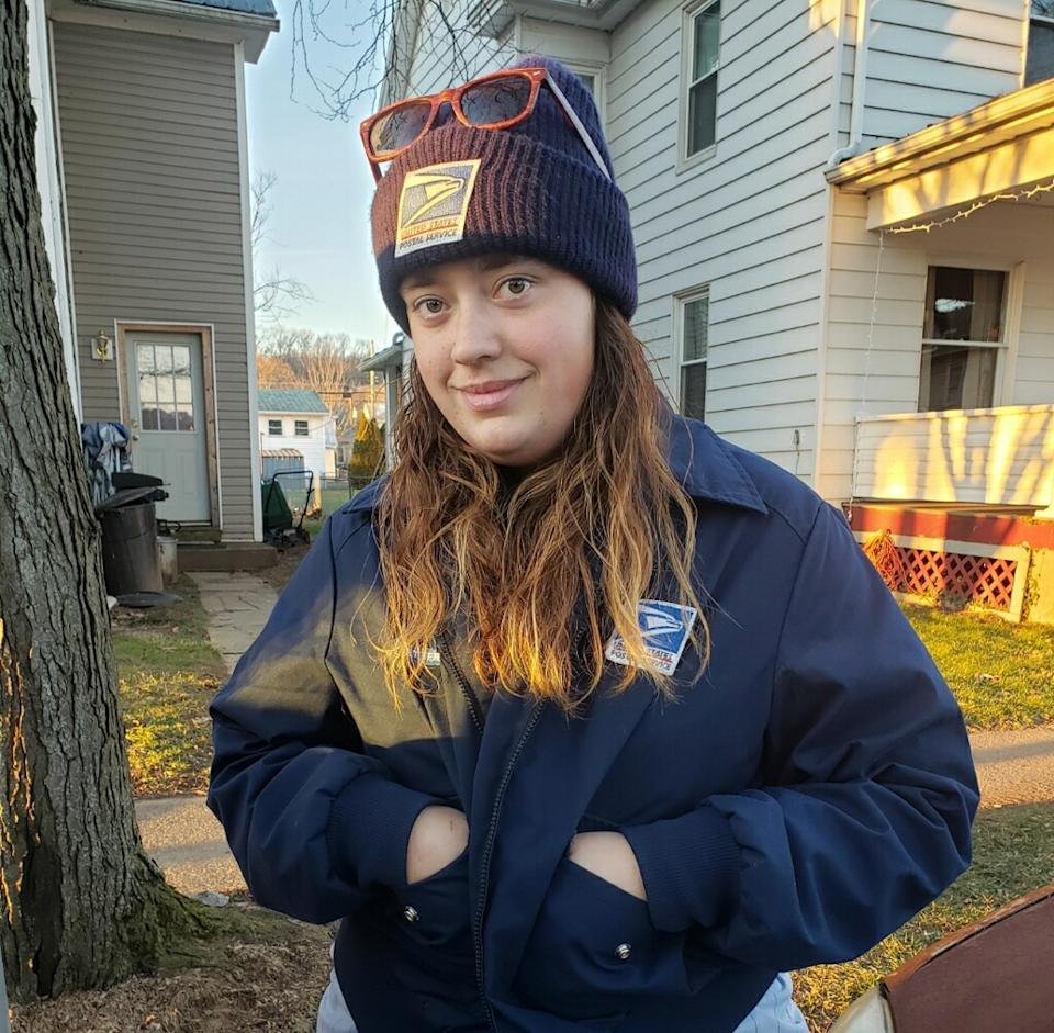 Melissa Stinsman, a mail carrier in Pennsylvania, plans to make Christmas for a family in need, very special. (Photo: DesRae Holden, courtesy of Melissa Stinsman)