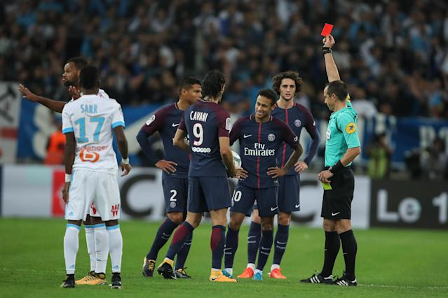 "<a class=""link rapid-noclick-resp"" href=""/olympics/rio-2016/a/1215128/"" data-ylk=""slk:Neymar"">Neymar</a> was shown a red card for a second yellow in PSG's 2-2 draw against Marseille. (Getty)"