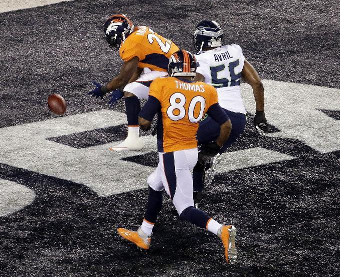 Early safety sets record, and tone, in Super Bowl