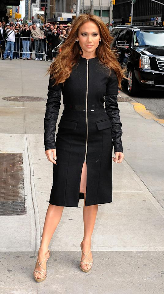 On Monday evening, La Lopez arrived in style at the Ed Sullivan Theater for a chitchat with Dave Letterman while wearing a sleek and chic coat (courtesy of Canadian designer Mikhael Kale), strappy heels, gigantic diamond earrings, and sun-kissed tresses.