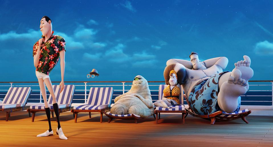 HOTEL TRANSYLVANIA 3: SUMMER VACATION, from left: Dracula (voice: Adam Sandler), Griffin the Invisible Man (voice: David Spade), Murray (Voice: Keegan-Michael Key), Eunice (voice: Fran Drescher) Frank (voice: Kevin James), 2018. © Sony Pictures Releasing /Courtesy Everett Collection