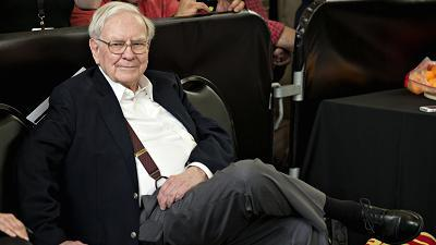 How much does it take to buy happiness? Warren Buffett tells PBS Newshour no yacht or mansion would make him happier than the home he bought in 1958.