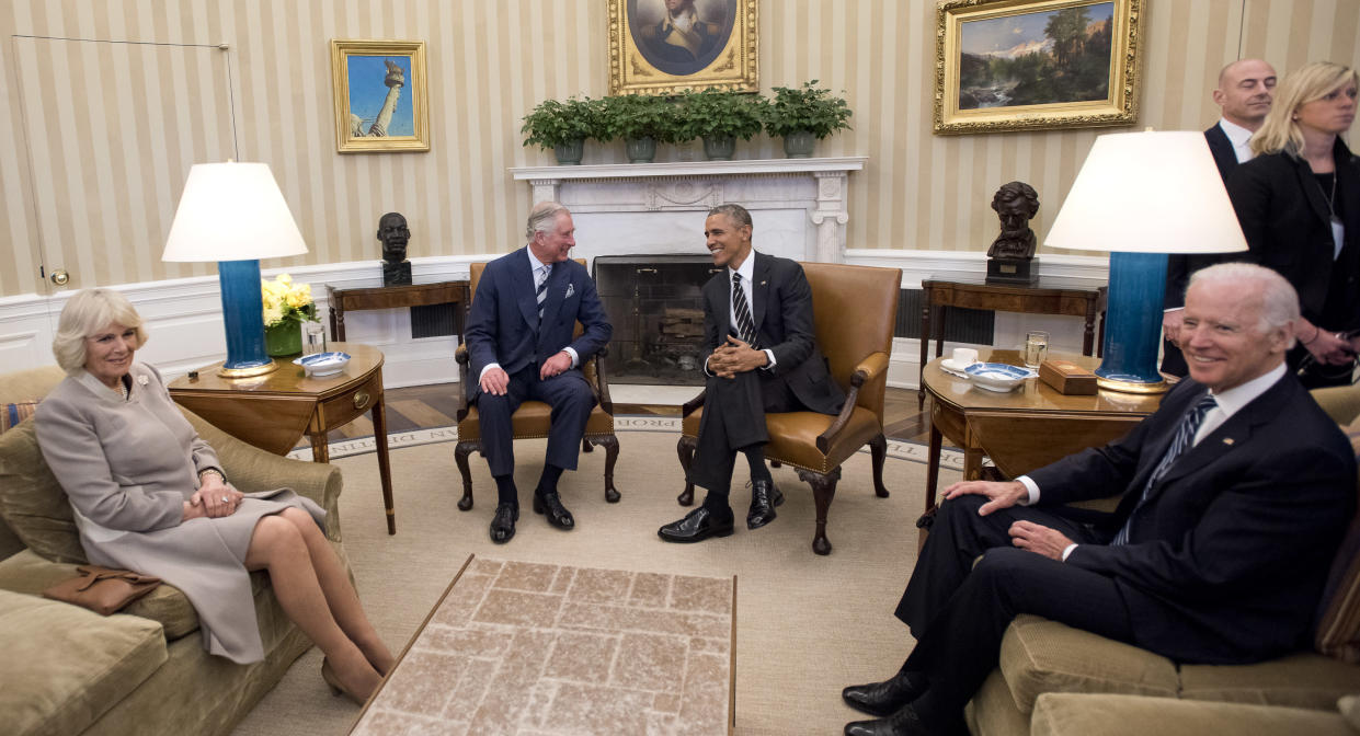 WASHINGTON, DC - MARCH 19:  United States President Barack Obama, right center, hosts Their Royal Highnesses Prince Charles, Prince of Wales, left center, and Camilla, Duchess of Cornwall, left, with Vice President Joe Biden, right, for a meeting in the Oval Office of the White House on March 19, 2015 in Washington, D.C.  (Photo by Ron Sachs-Pool/Getty Images)