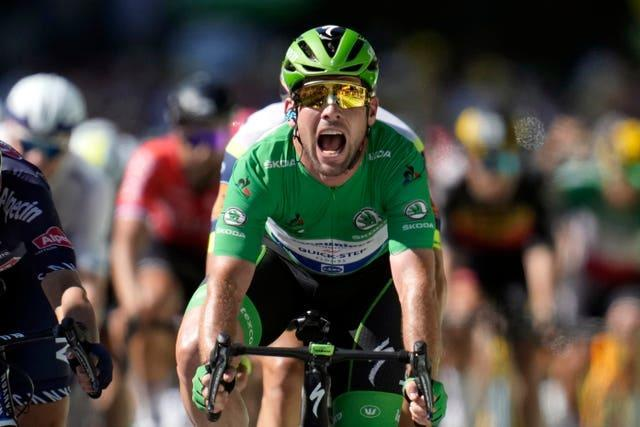 Mark Cavendish celebrates his record-equalling win in Carcassonne