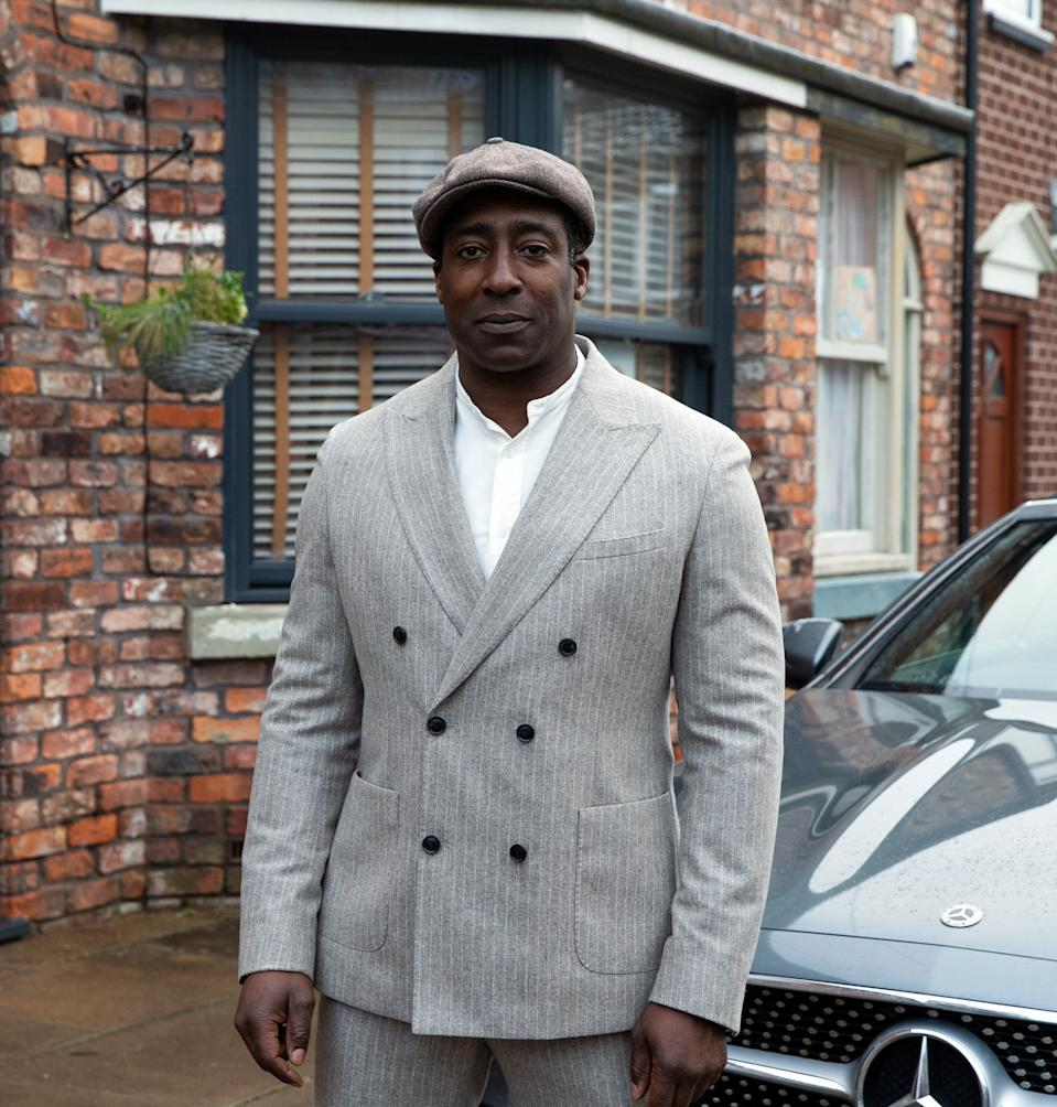 FROM ITV  STRICT EMBARGO - No Use Before Tuesday 9th February 2021  Coronation Street - Ep 1025354  Friday 19th February 2021  Ronnie Bailey [VINTA MORGAN] pulls up at No.3 in his flash sports car. Ed Bailey [TREVOR MICHAEL GEORGES] and Michael Bailey [RYAN RUSSELL] are thrilled to see him.   Picture contact David.crook@itv.com   Photographer - Danielle Baguley  This photograph is (C) ITV Plc and can only be reproduced for editorial purposes directly in connection with the programme or event mentioned above, or ITV plc. Once made available by ITV plc Picture Desk, this photograph can be reproduced once only up until the transmission [TX] date and no reproduction fee will be charged. Any subsequent usage may incur a fee. This photograph must not be manipulated [excluding basic cropping] in a manner which alters the visual appearance of the person photographed deemed detrimental or inappropriate by ITV plc Picture Desk. This photograph must not be syndicated to any other company, publication or website, or permanently archived, without the express written permission of ITV Picture Desk. Full Terms and conditions are available on  www.itv.com/presscentre/itvpictures/terms
