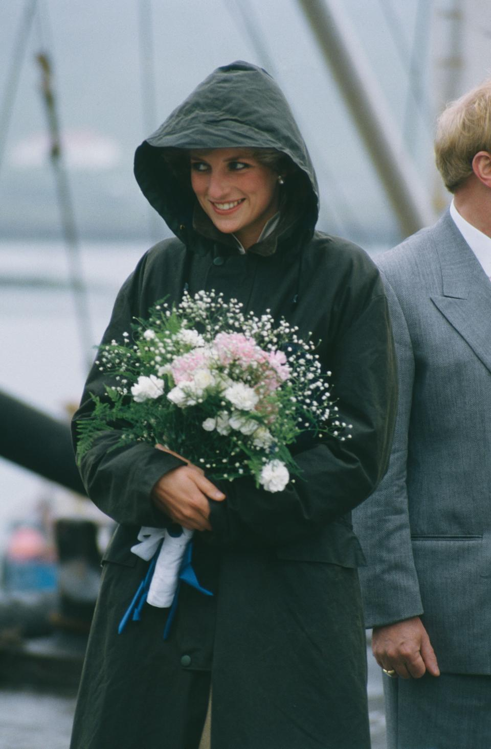 Diana, Princess of Wales  (1961 - 1997) in Ardveenish, in the Western Isles of Scotland, July 1985. She is wearing a Barbour coat.   (Photo by Jayne Fincher/Princess Diana Archive/Getty Images) (Photo: Princess Diana Archive via Getty Images)