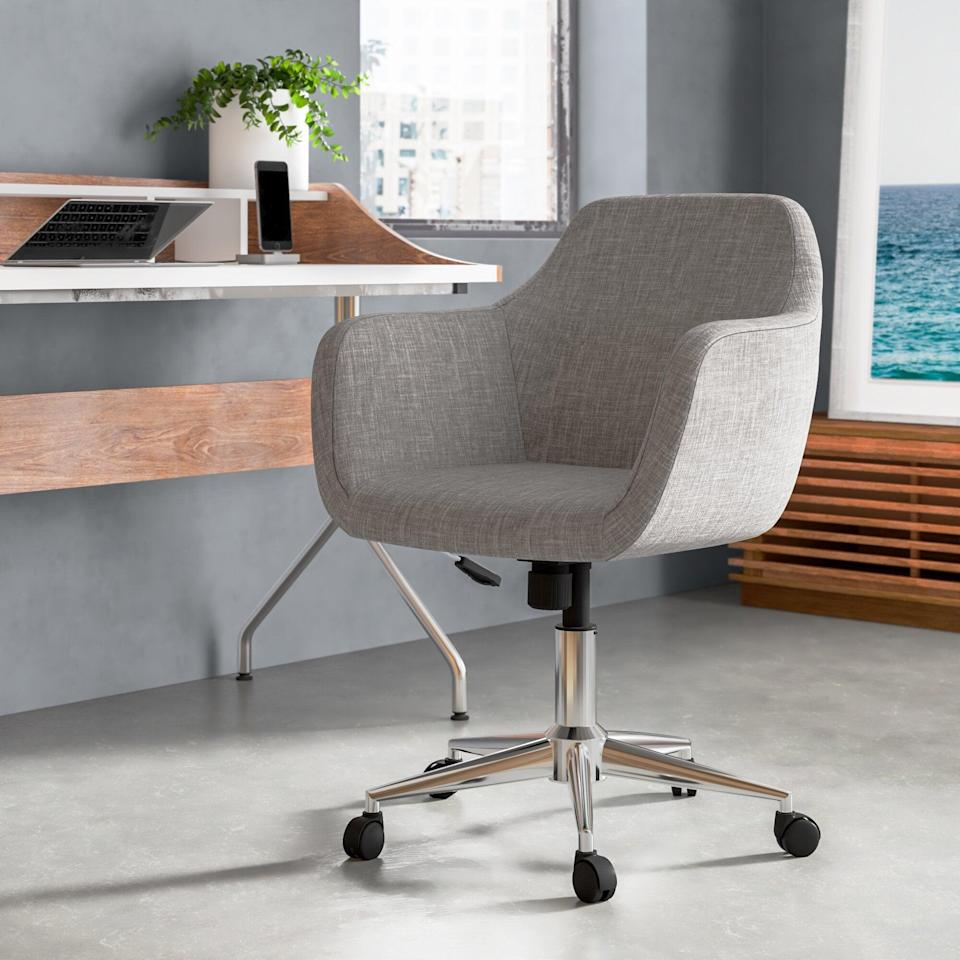 "<h2>Desk Chairs</h2> <h3><a href=""https://www.allmodern.com"" rel=""nofollow noopener"" target=""_blank"" data-ylk=""slk:AllModern"" class=""link rapid-noclick-resp"">AllModern<br></a></h3> <br><strong>Sale:</strong> Take an extra 15% off the<a href=""https://www.allmodern.com/https://www.allmodern.com/deals-and-design-ideas/4th-of-july"" rel=""nofollow noopener"" target=""_blank"" data-ylk=""slk:4th of July Clearance sale"" class=""link rapid-noclick-resp""> 4th of July Clearance sale</a><br><br><strong>Dates:</strong> Now - July 6<br><br><strong>Promo Code: </strong>GOFORIT<br><br><strong>AllModern</strong> Rothenberg Home Task Chair, $, available at <a href=""https://go.skimresources.com/?id=30283X879131&url=https%3A%2F%2Fwww.allmodern.com%2Ffurniture%2Fpdp%2Frothenberg-home-task-chair-lgly6845.html%3Fpiid%3D31647235"" rel=""nofollow noopener"" target=""_blank"" data-ylk=""slk:AllModern"" class=""link rapid-noclick-resp"">AllModern</a><br><br><br><br><br>"
