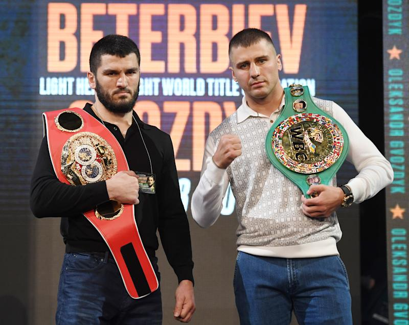 LAS VEGAS, NEVADA - SEPTEMBER 13: IBF light heavyweight champion Artur Beterbiev (L) and WBC light heavyweight champion Oleksandr Gvozdyk pose during a news conference announcing Top Rank Boxing's fall schedule at the KA Theatre at MGM Grand Hotel & Casino on September 13, 2019 in Las Vegas, Nevada. The two will meet in a light heavyweight unification title fight on Oct 18 in Philadelphia. (Photo by Ethan Miller/Getty Images)