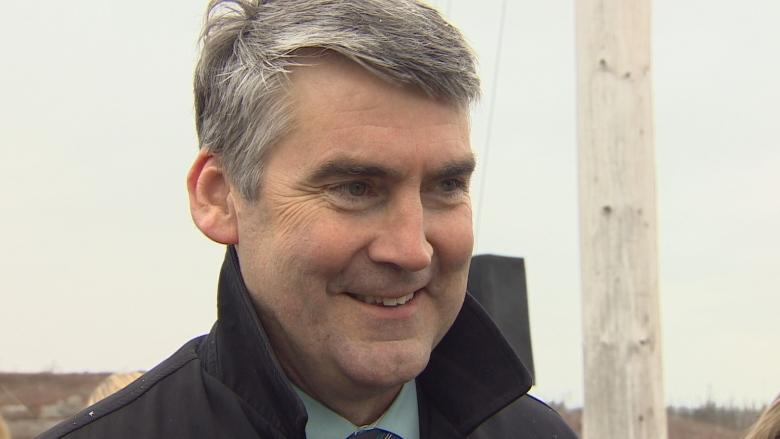 Stephen McNeil says Liberals will support commuter rail in Halifax