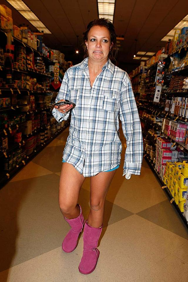 """A """"Worst Dressed List"""" couldn't exist without the year's biggest fashion offender: Britney Spears. Even the fallen pop tart realizes how frightening she looks in barely-there Daisy Dukes, K-Fed's abandoned shirt, and those horrendous pink booties. MBF-RL-Rafa/<a href=""""http://www.x17online.com"""" target=""""new"""">X17 Online</a> - September 30, 2007"""