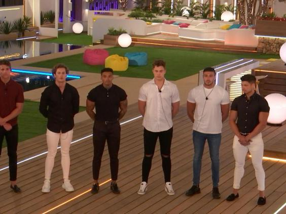 The men on Love Island tend to frequent white skinny jeans. (Rex Features)
