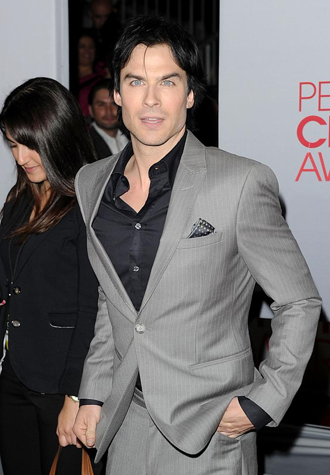 Nina's boyfriend and co-star Ian Somerhalder looked quite suave in his black-and-gray ensemble. (01/11/2012)