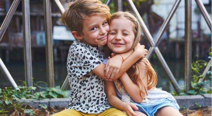 5 National Siblings Day Quotes to Post on Social Media