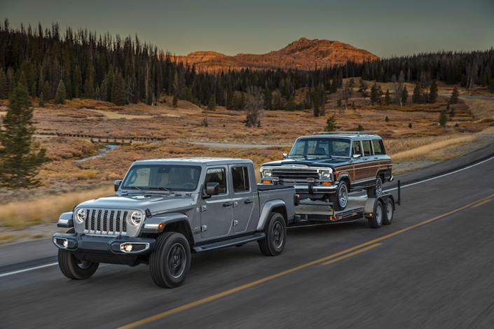 """<p>If you're one of those unique souls who frequently finds themselves noodling along the Rubicon Trail in your Jeep Wrangler Unlimited while towing an off-road trailer-yes, these exist-boy howdy, has Jeep got just the thing for you. Enter <a href=""""https://www.caranddriver.com/jeep/gladiator"""" rel=""""nofollow noopener"""" target=""""_blank"""" data-ylk=""""slk:the 2020 Jeep Gladiator"""" class=""""link rapid-noclick-resp"""">the 2020 Jeep Gladiator</a> (perhaps you've heard of this?), and it is the first Jeep pickup truck in more than 25 years.</p>"""