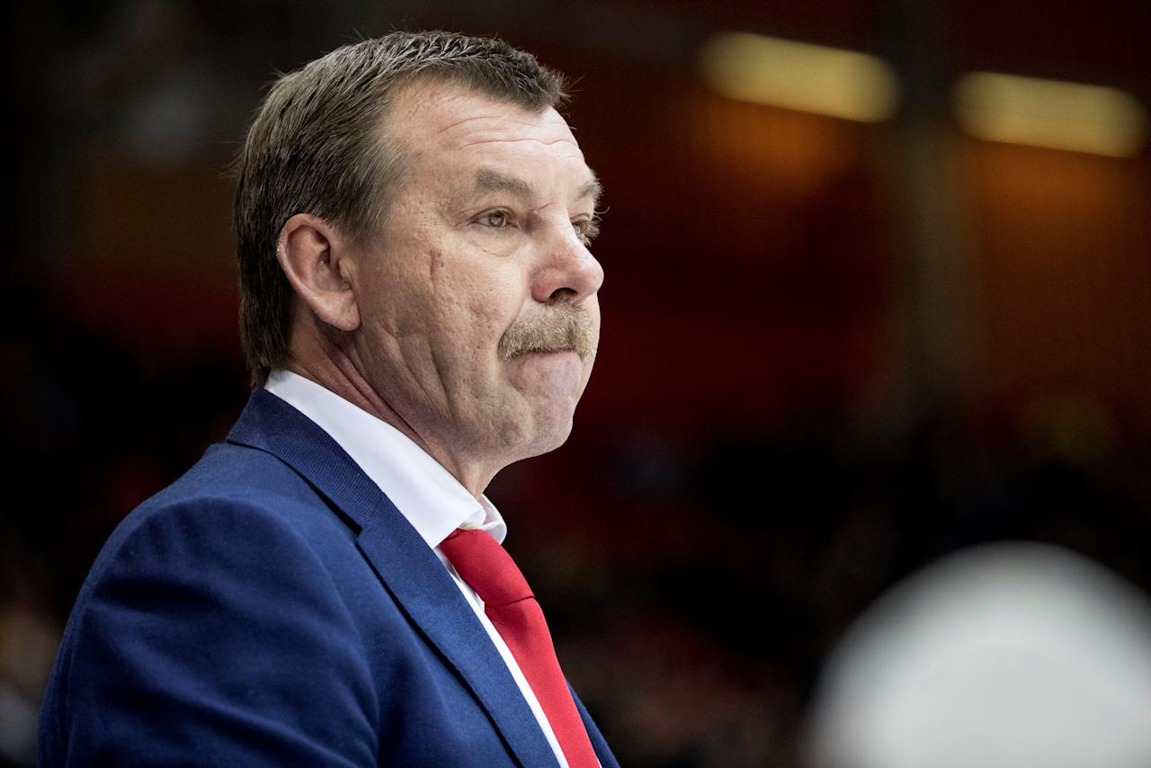 Russia's head coach Oleg Znarok watches the ice hockey match between Sweden and Russia at the Sweden Hockey Games in Scandinavium Arena in Goteborg, Sweden February 11, 2017.  TT News Agency/Bjorn Larsson Rosvall/via REUTERS  ATTENTION EDITORS - THIS IMAGE WAS PROVIDED BY A THIRD PARTY. FOR EDITORIAL USE ONLY. SWEDEN OUT. NO COMMERCIAL OR EDITORIAL SALES IN SWEDEN.