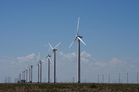FILE PHOTO: Wind turbines generate power at the Loraine Windpark Project in Loraine, Texas U.S. August 24, 2018. Picture taken August 24, 2018. REUTERS/Nick Oxford