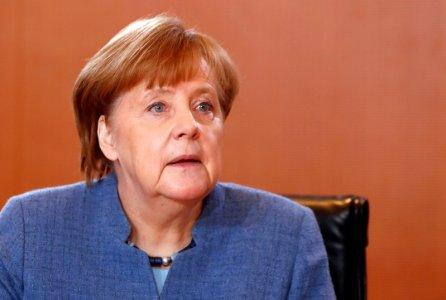 Germany's Merkel Set To Visit US As Trump's Iran Deadline Nears