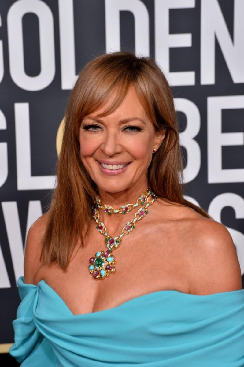 Allison Janney wears a blue dress at the Golden Globes in 2019