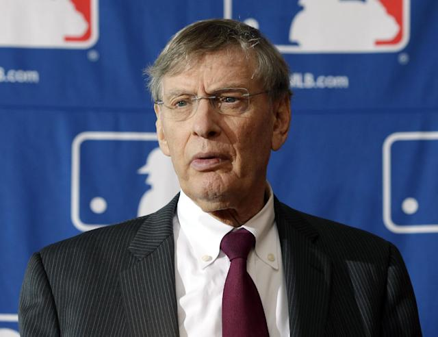 Selig says MLB revenue could top $9 billion