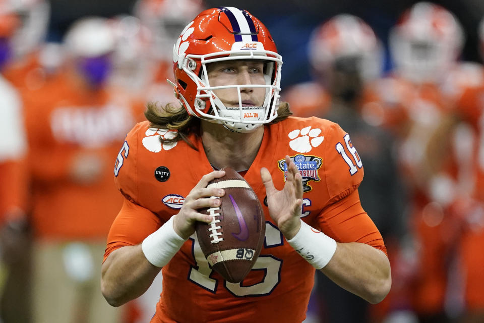 Clemson QB Trevor Lawrence has everything you're looking for in a franchise quarterback. (AP Foto/John Bazemore, Archivo)