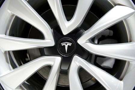 China to exempt Tesla cars from 10% purchase tax