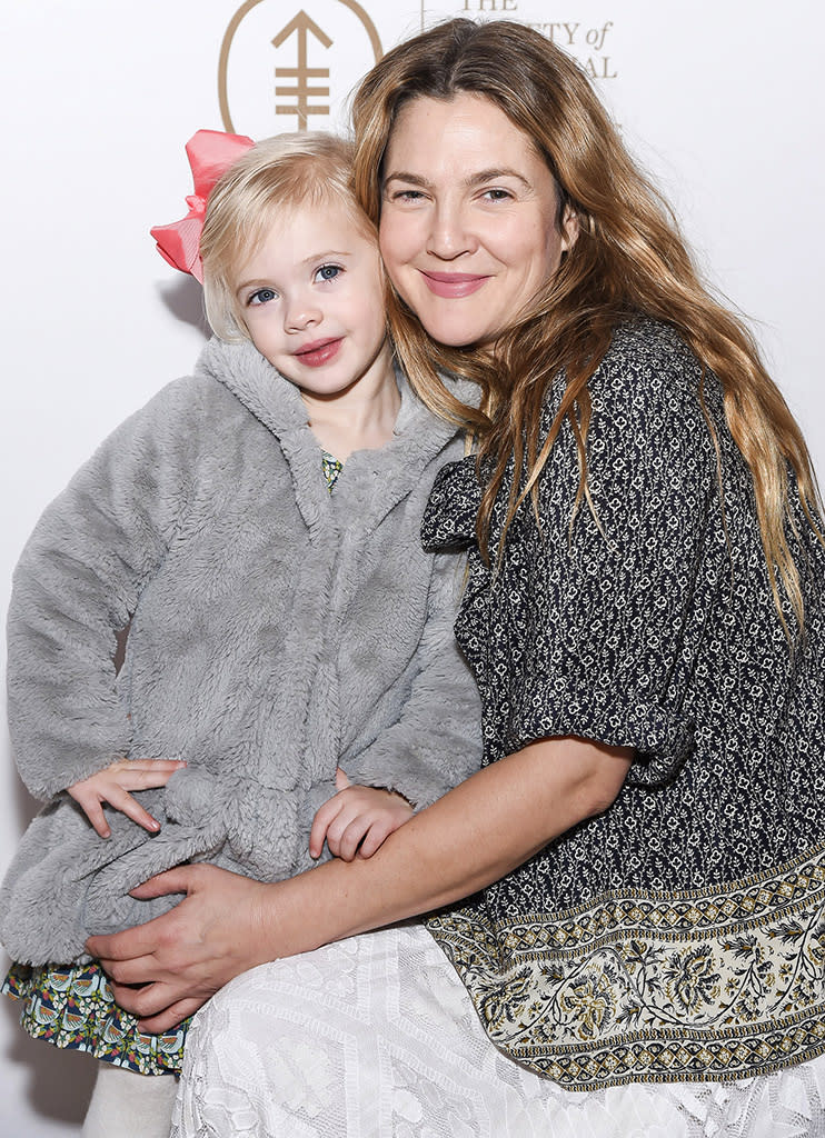 Drew Barrymore bought her adorable younger daughter, Frankie Kopelman, to the Society of MSK's 2017 Bunny Hop in N.Y.C. on March 7. (Photo: Ben Gabbe/Getty Images)