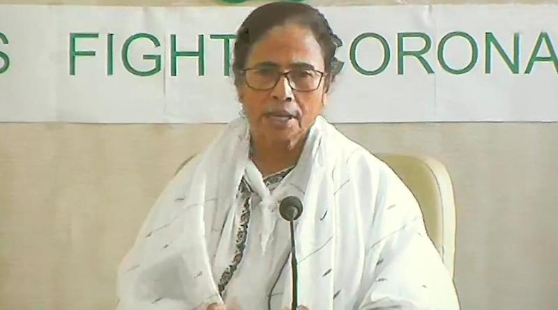 Use PM-CARES Fund to Transfer Rs 10,000 Aid to Migrant Workers, Mamata Banerjee Appeals to PM Modi