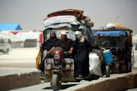 Daunting aid challenges as civilians flee Syria's Raqa