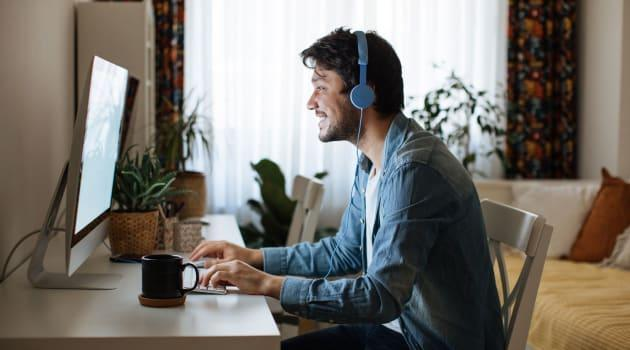 Nearly 7 in 10 Remote Workers Interested in Freelancing