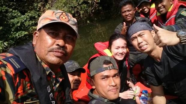 Rescued climbers, Tan Chang Xiang Dominick and Clarice Lum, both 27, were safely rescued by the Search and Rescue (SAR) team near Gunung Pulai in Ulu Choh dam this morning. — Picture courtesy of Johor Fire and Rescue Department
