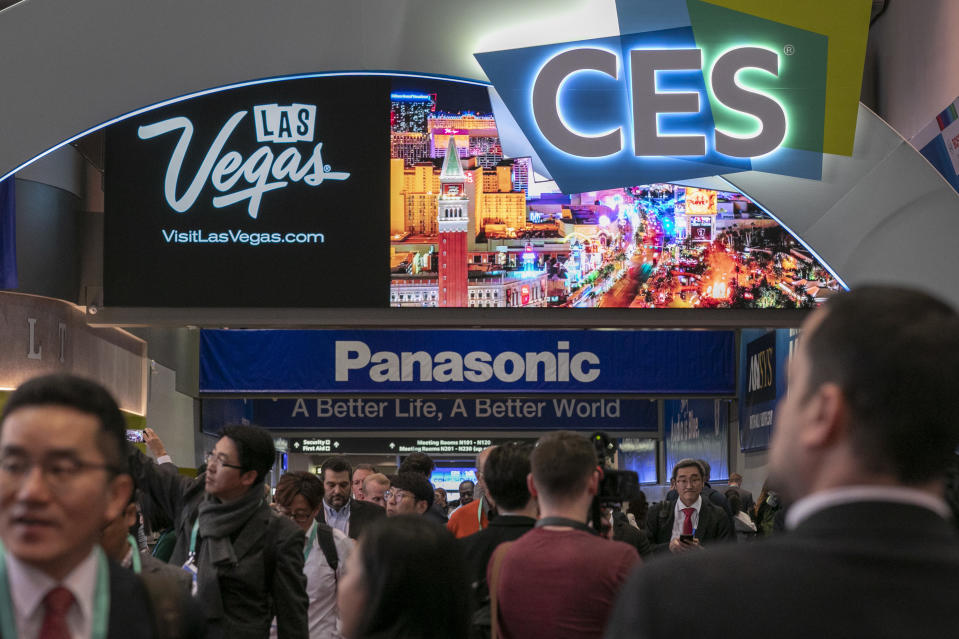 People attend opening day of the 2020 Consumer Electronics Show (CES) in Las Vegas, Nevada on January 7, 2020. (Photo by DAVID MCNEW / AFP) (Photo by DAVID MCNEW/AFP via Getty Images)