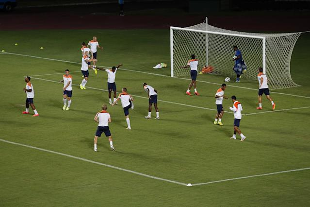 Netherlands' soccer team train at the Roberto Santos stadium on Friday, July 4, 2014 in Salvador, Brazil. Netherlands play their quarterfinal match of the 2014 World Cup soccer tournament against Costa Rica on July 5 in Salvador.(AP Photo/Wong Maye-E)