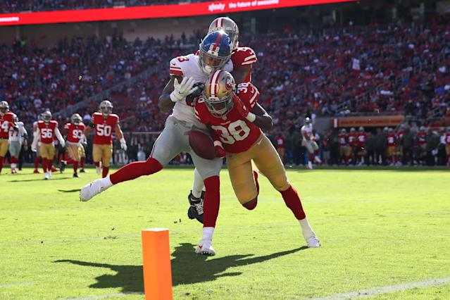 <p>Adrian Colbert #38 of the San Francisco 49ers breaks up a pass intended for Evan Engram #88 of the New York Giants during their NFL game at Levi's Stadium on November 12, 2017 in Santa Clara, California. (Photo by Ezra Shaw/Getty Images) </p>